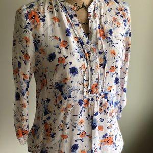 GAP Tops - GAP floral print blouse